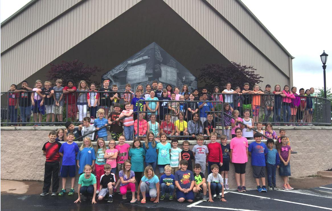 Plainview 3rd Graders Remember Tornado Victims
